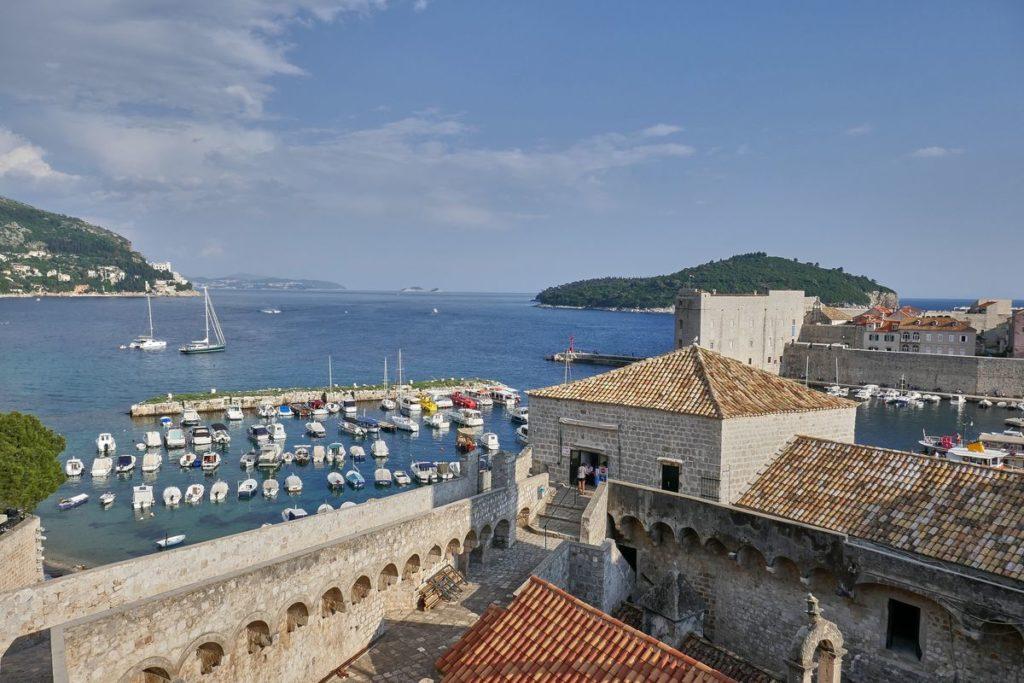Stadtmauer Hafen Dubrovnik Kroatien