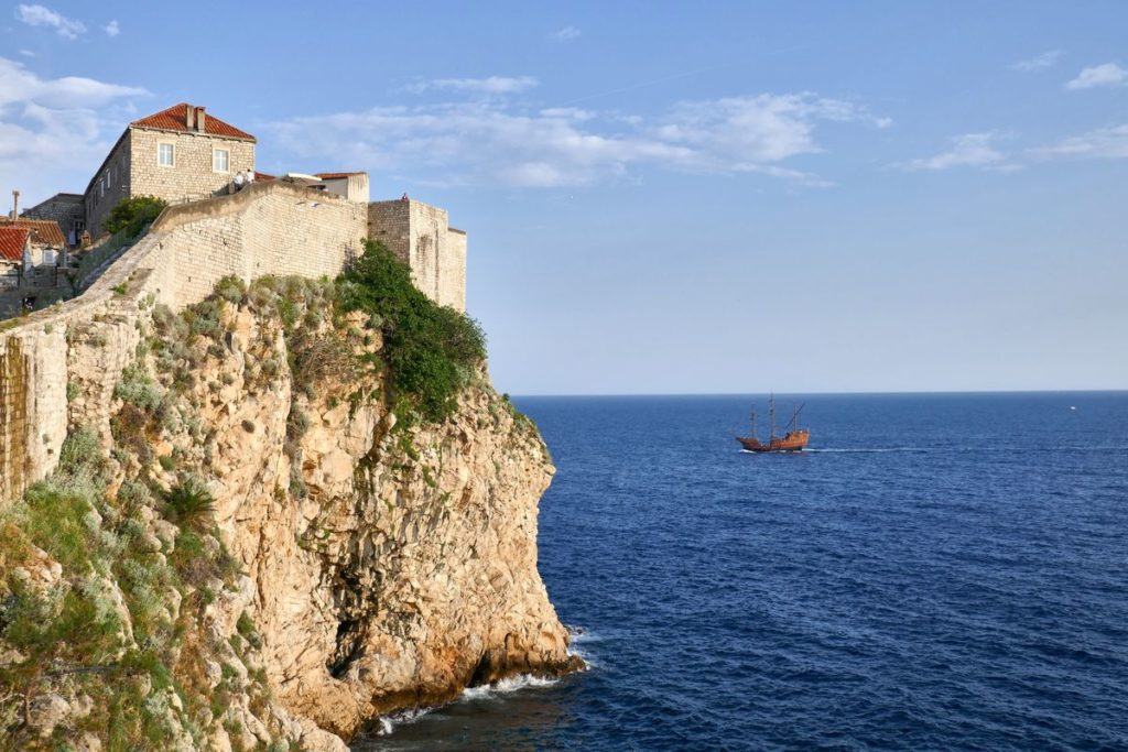 Stadtmauer Dubrovnik Kroatien Meer Schiff