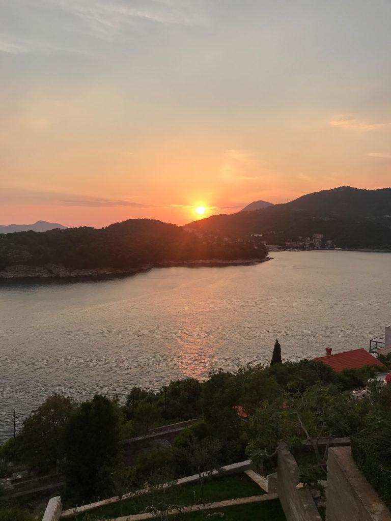 Sonnenuntergang von unserer Unterkunft aus