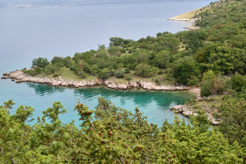 Bucht Vrbnik Wanderung Krk Kroatien