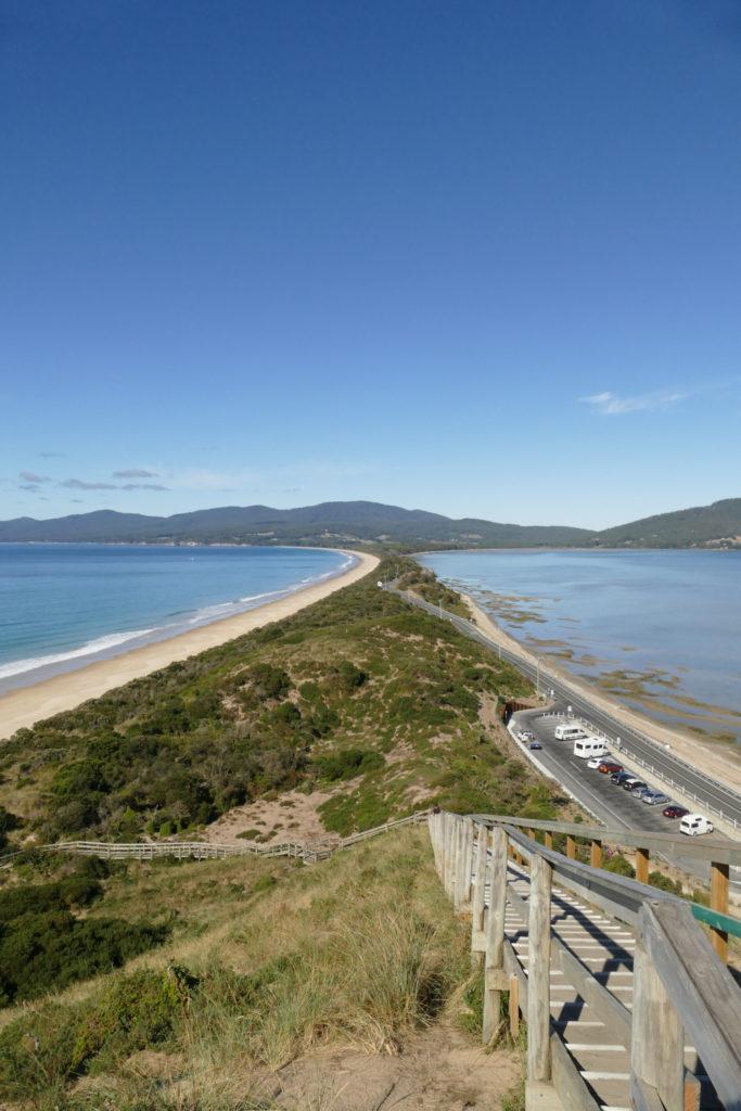 The neck Aussichtspunkt Bruny Island Tasmanien Camper Rundreise