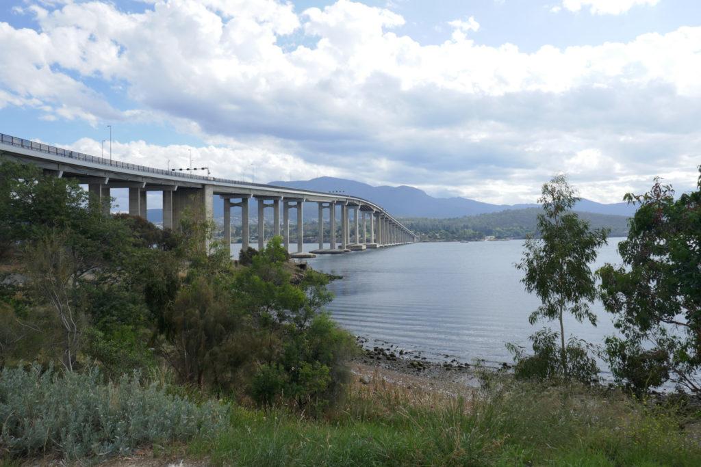 Brücke Hobart Tasmanien Rundreise Camper