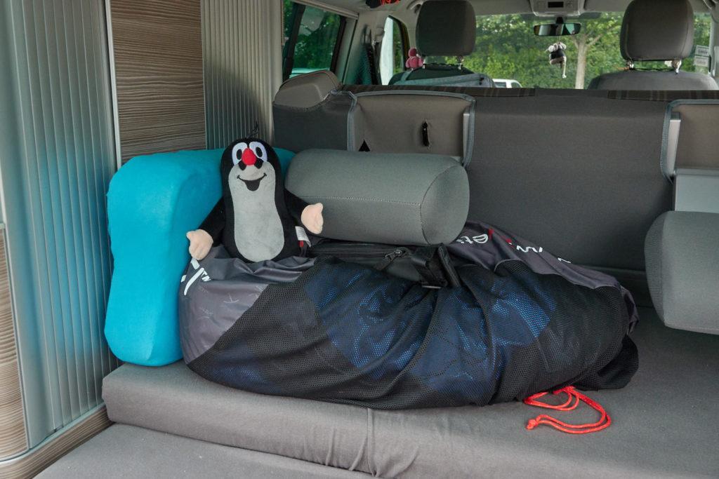 Packliste Camping Schlafsack Kissen